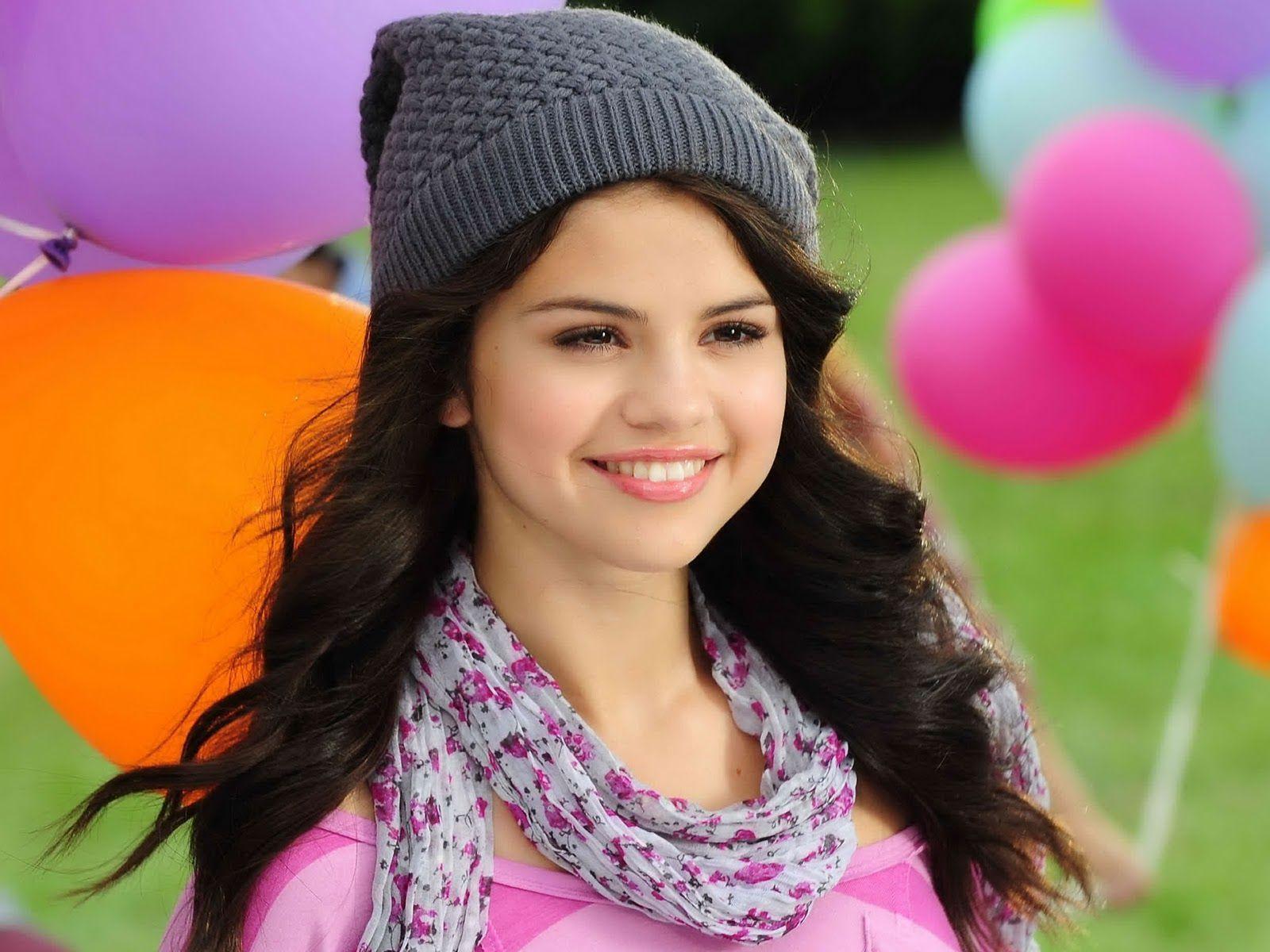 Selena Gomez Wallpapers - HD Wallpapers Inn