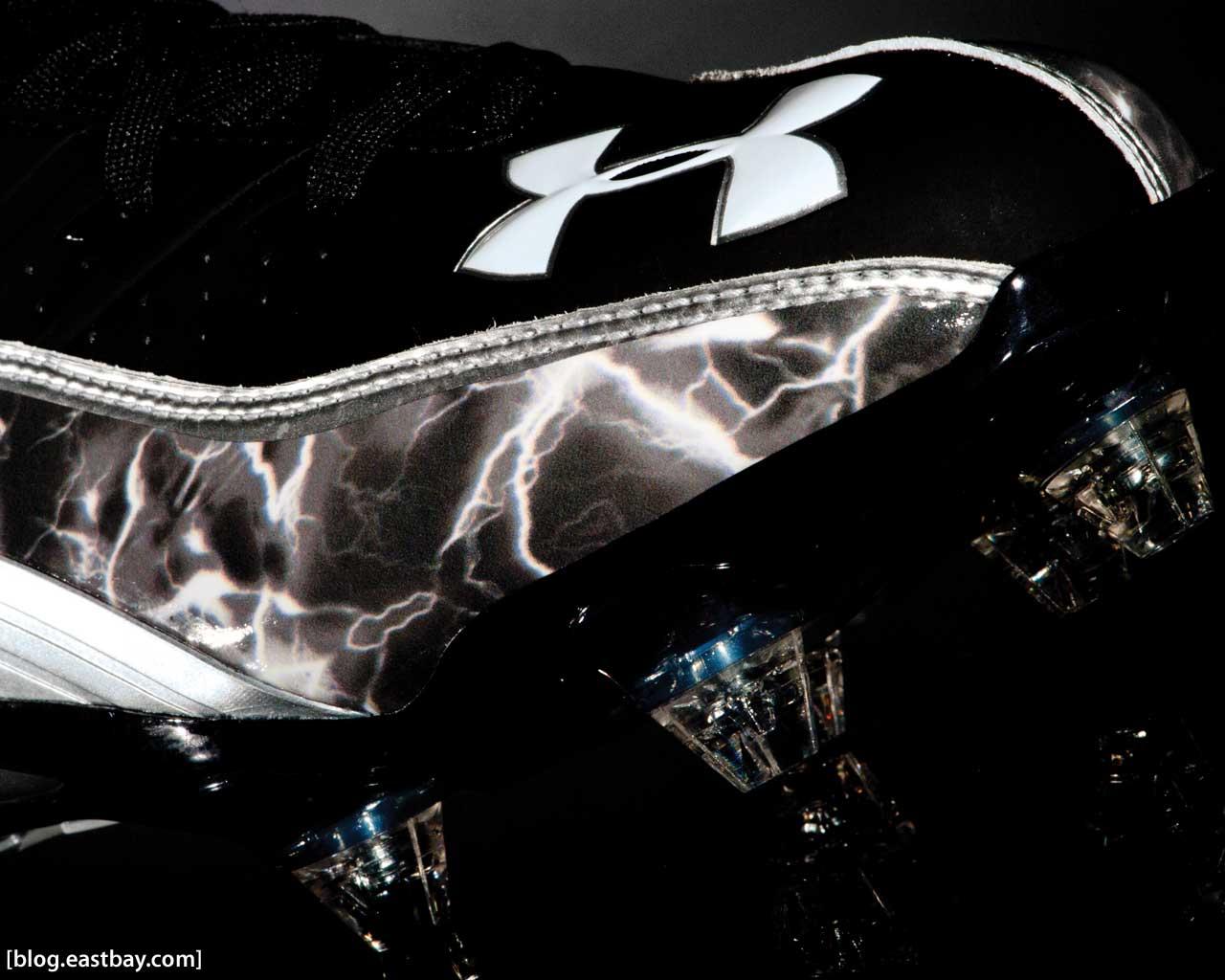 Under Armour Highlight Cleats | Modern Design