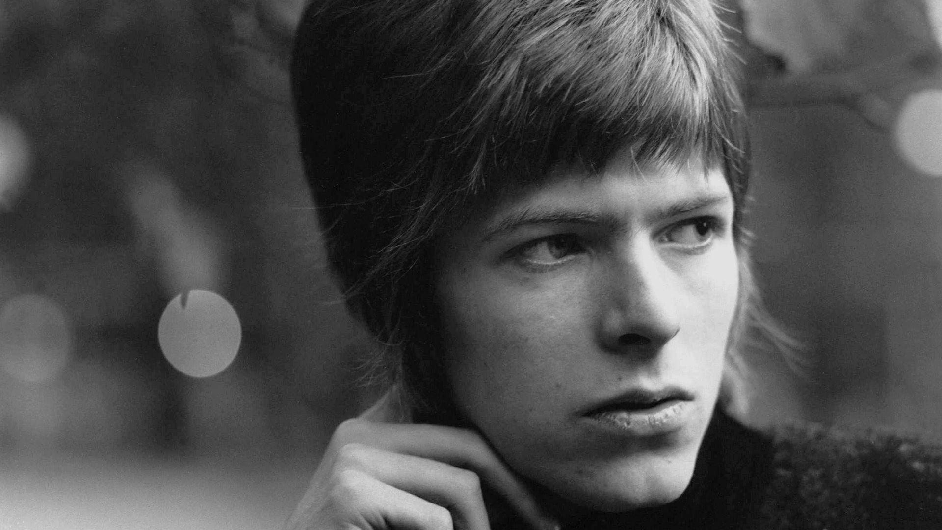 9 David Bowie Wallpapers
