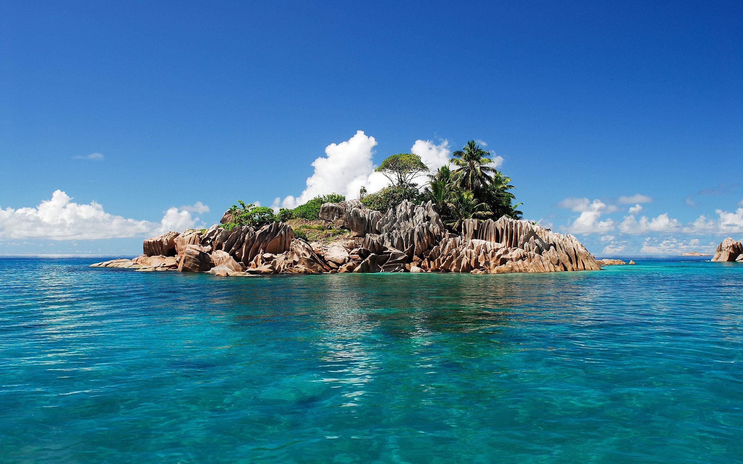 Tropical Island Backgrounds: Tropical Island Desktop Backgrounds