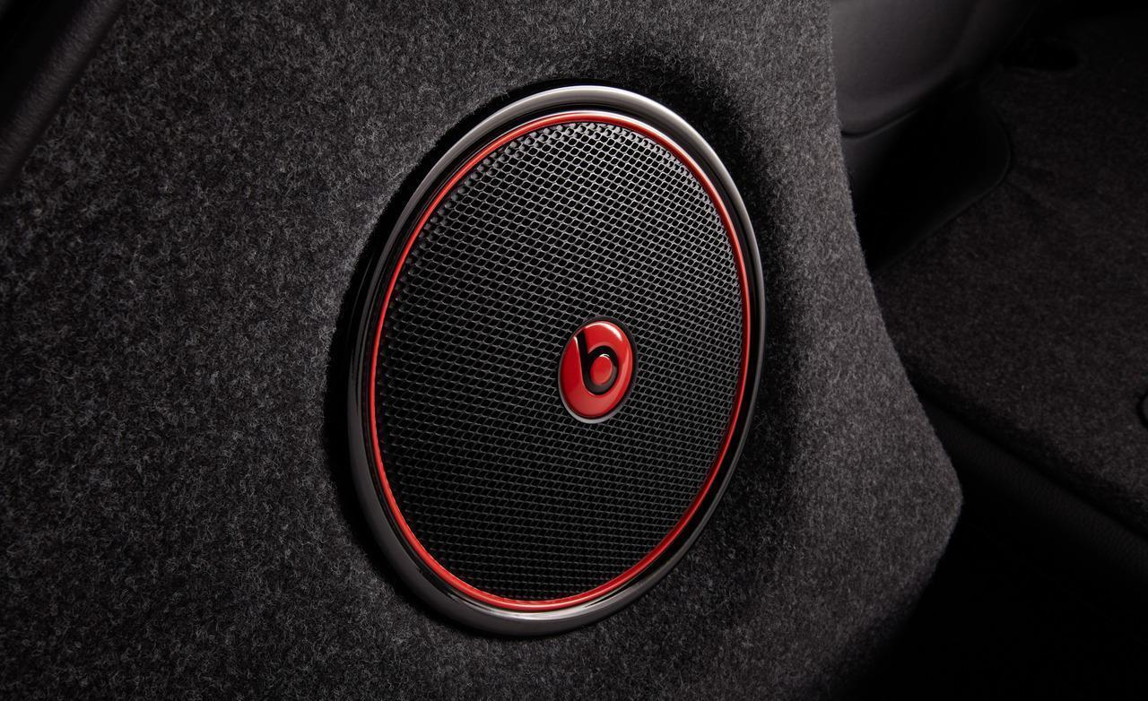 beats by dre wallpapers wallpaper cave. Black Bedroom Furniture Sets. Home Design Ideas