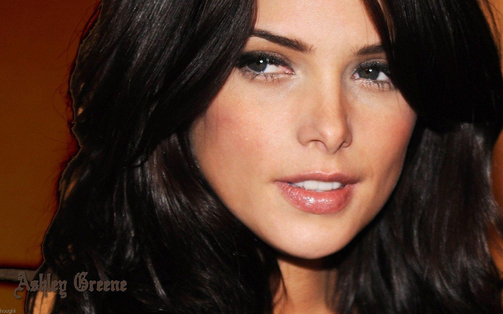 Fotos atractivas ashley greene
