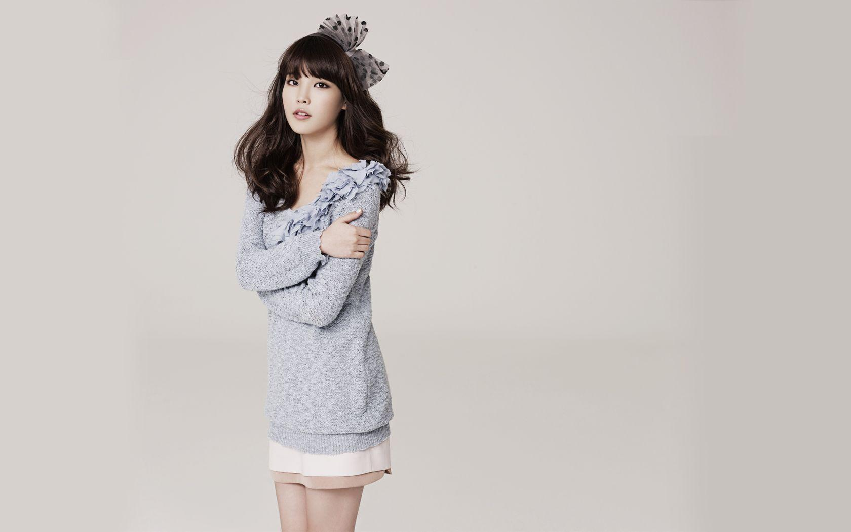 iu wallpapers wallpaper cave