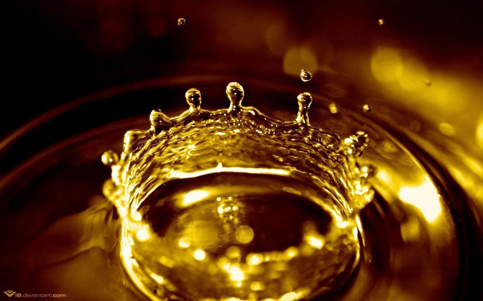 crowns background wallpaper - photo #18