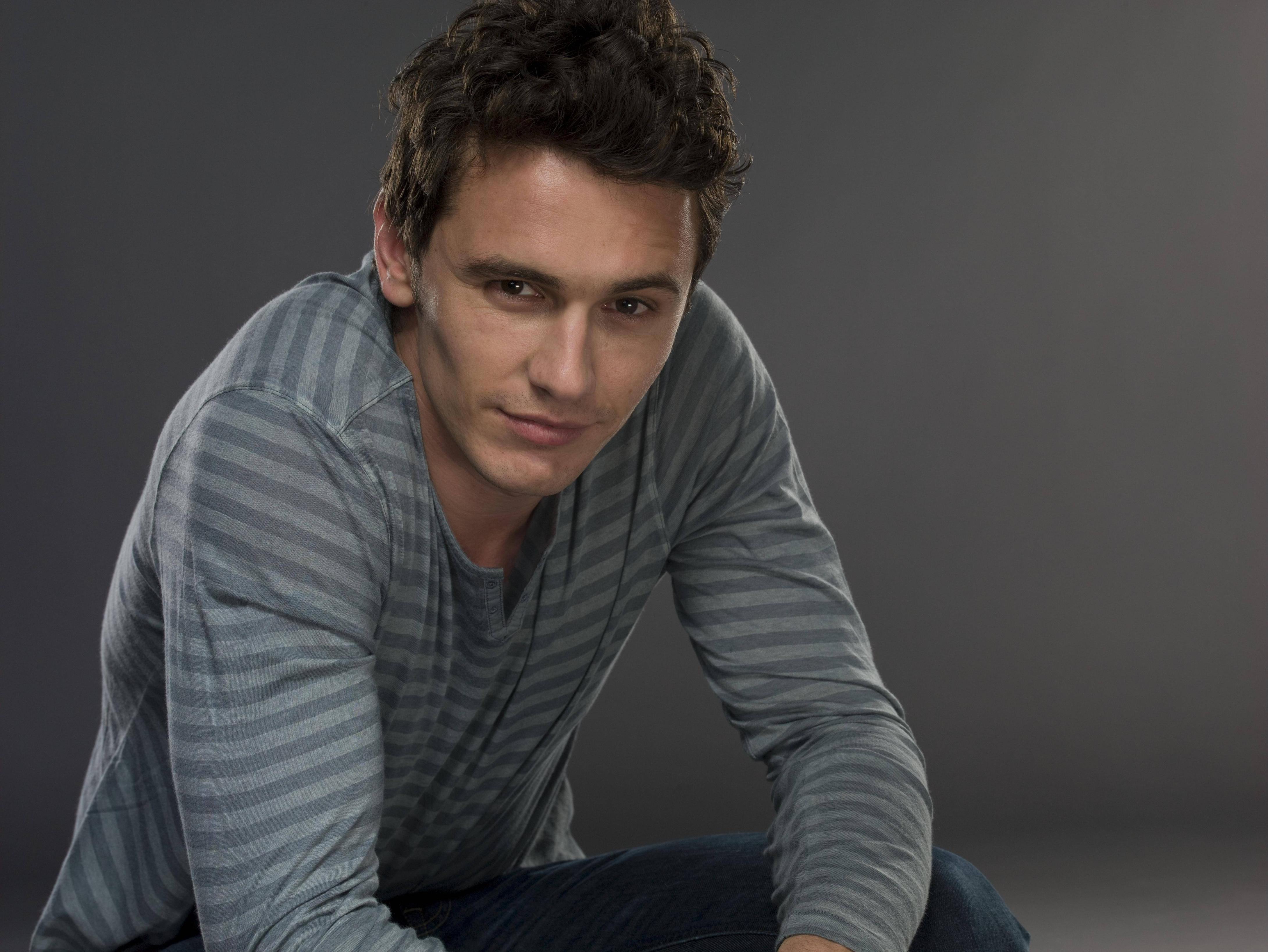 Wallpapers james franco, male, man, actor, car, glasses wallpapers