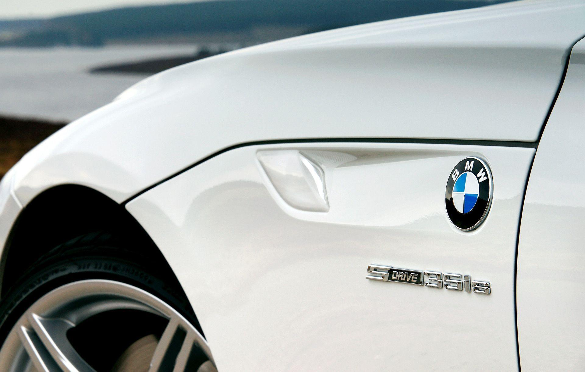 Images For > Bmw Z4 White Wallpaper