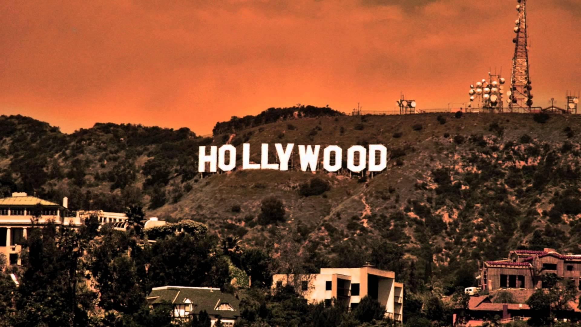 Hollywood Sign At Night Wallpaper