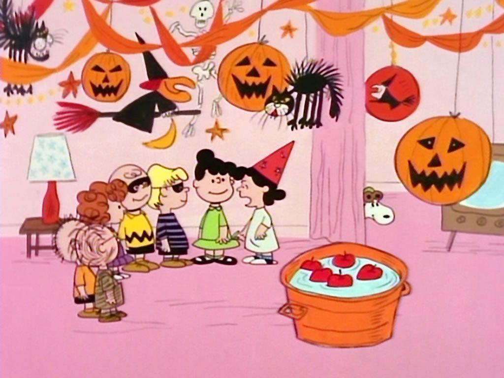 Peanuts characters wallpapers wallpaper cave - Snoopy halloween images ...