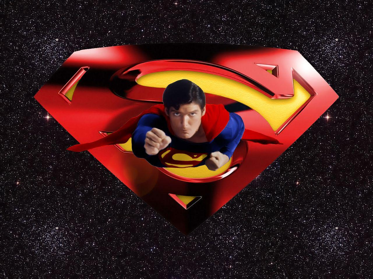 Images For > Christopher Reeve Superman Wallpaper
