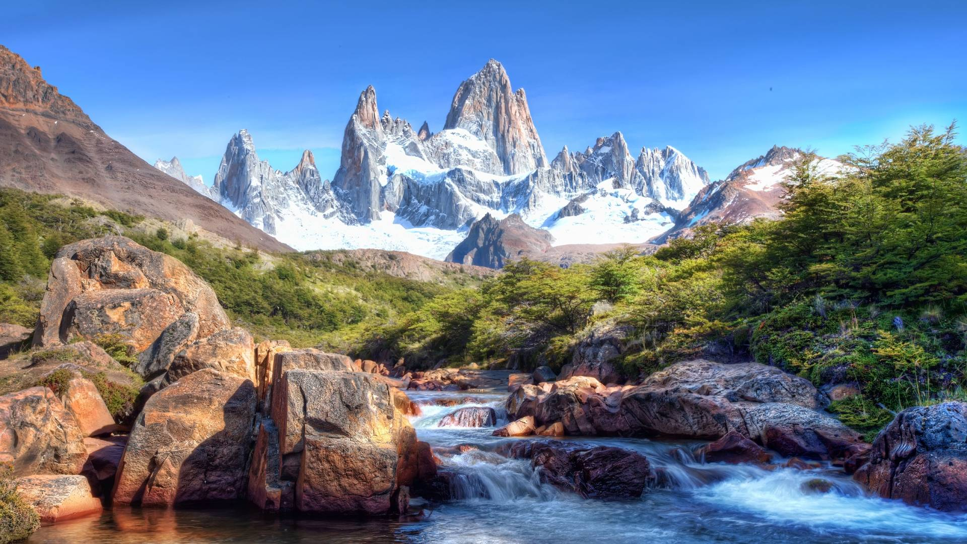 Mountains and River wallpapers backgrounds hd 1080P,Picturesque