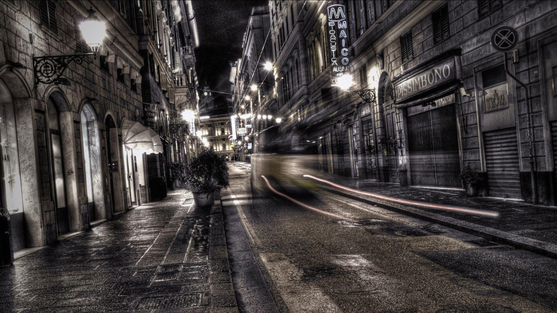 Download City Street Night Wallpaper