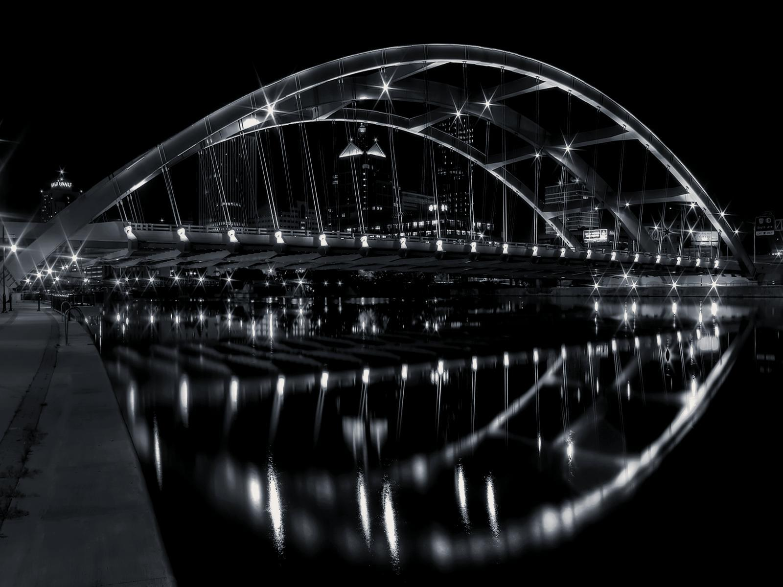 Black and White City Bridge wallpapers II