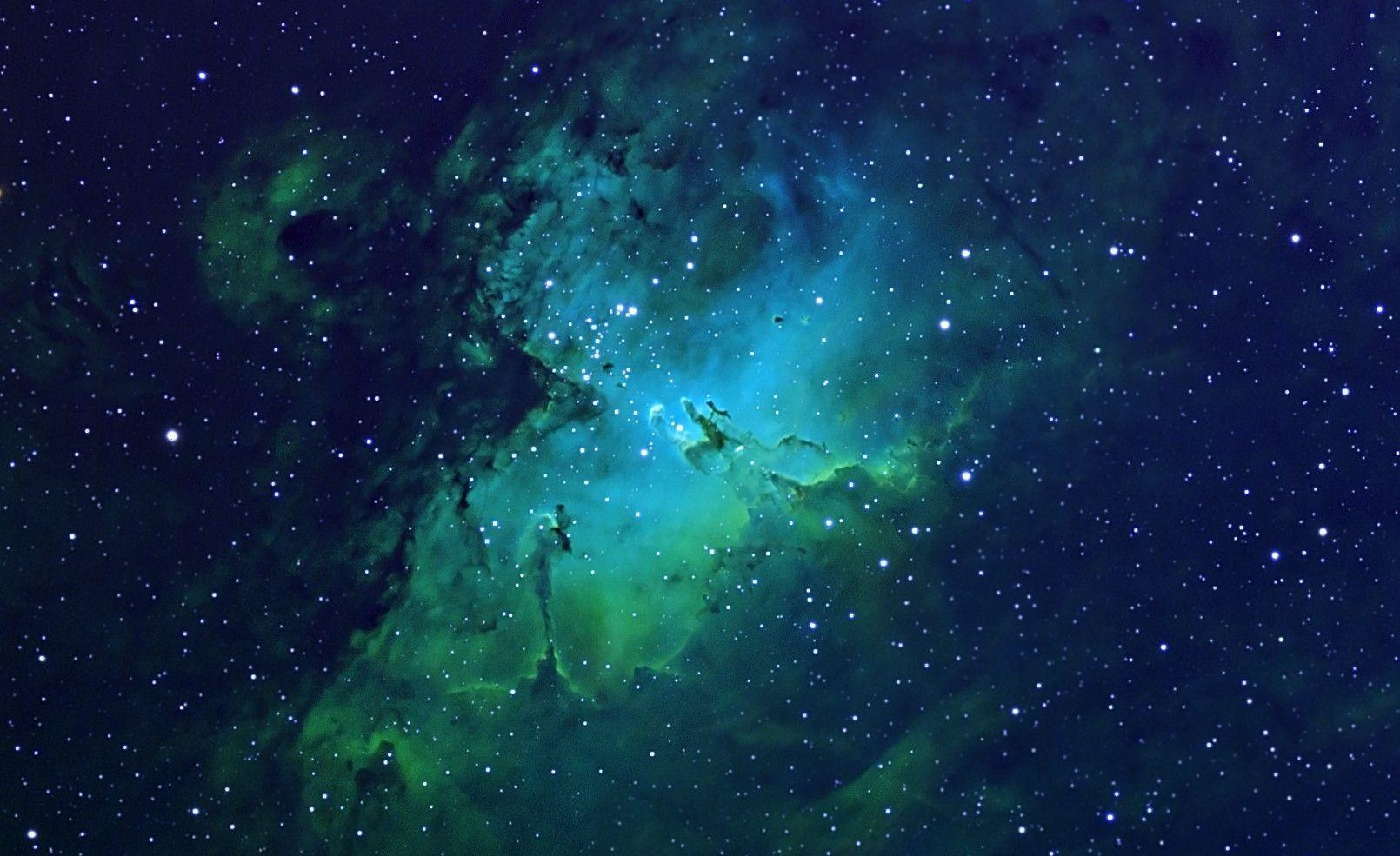 green high resolution nebula wallpaper - photo #31