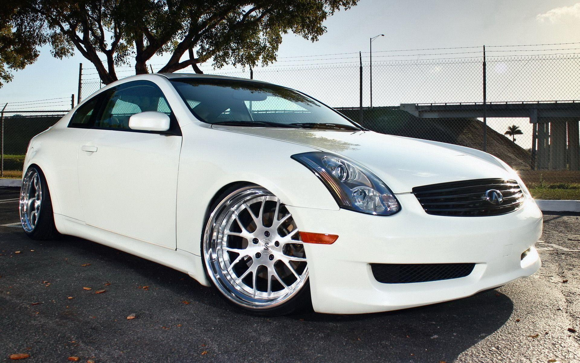 Infiniti G35 White - Free Car Wallpapers HD