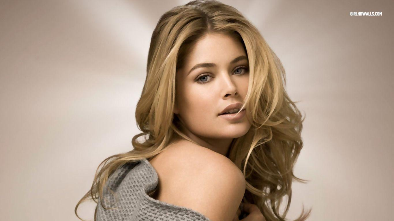 Doutzen Kroes wallpaper #