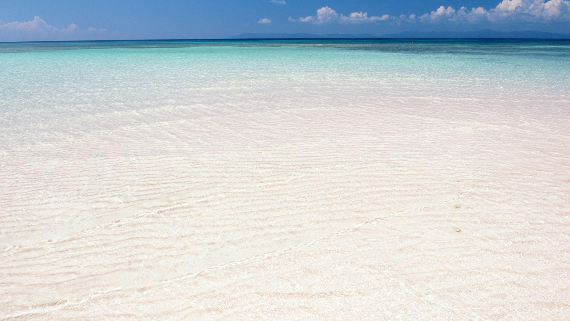 white sand wallpaper - photo #7