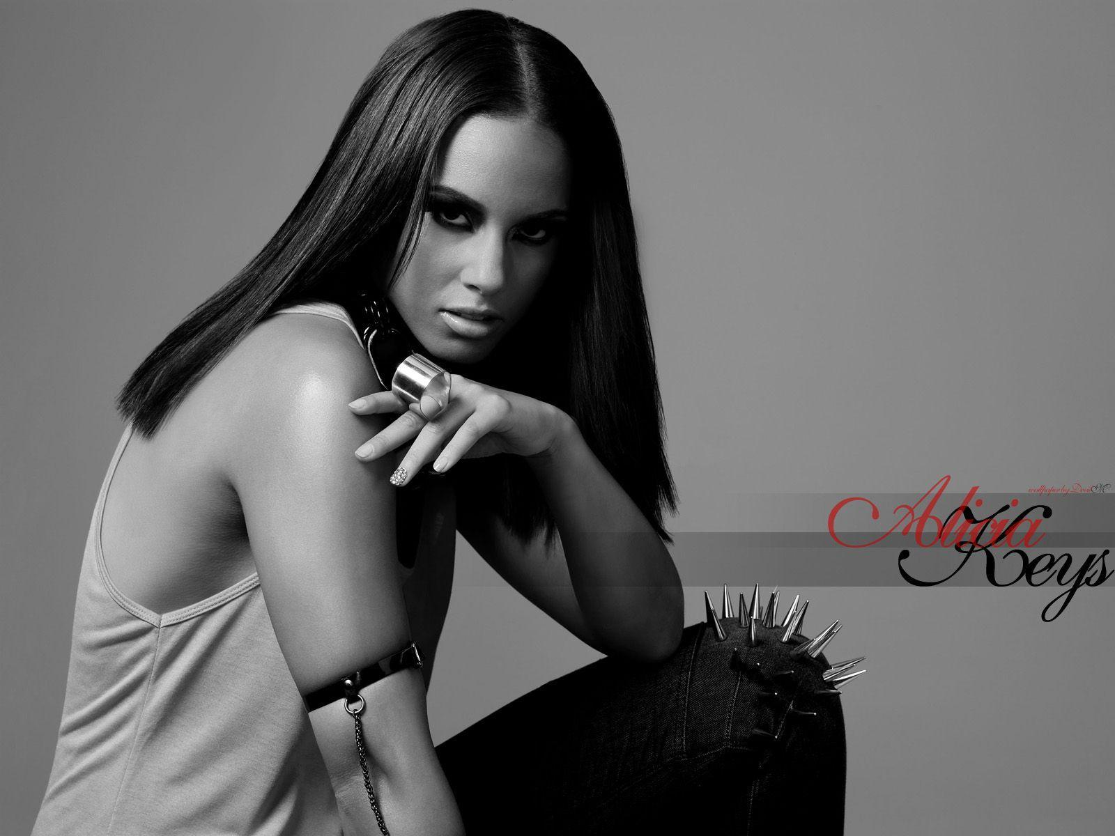 Images For > Alicia Keys Wallpaper