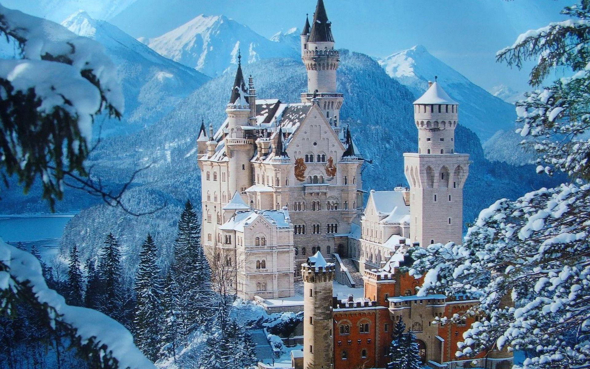 Neuschwanstein Castle is a 19th-century Romanesque Revival palace ...