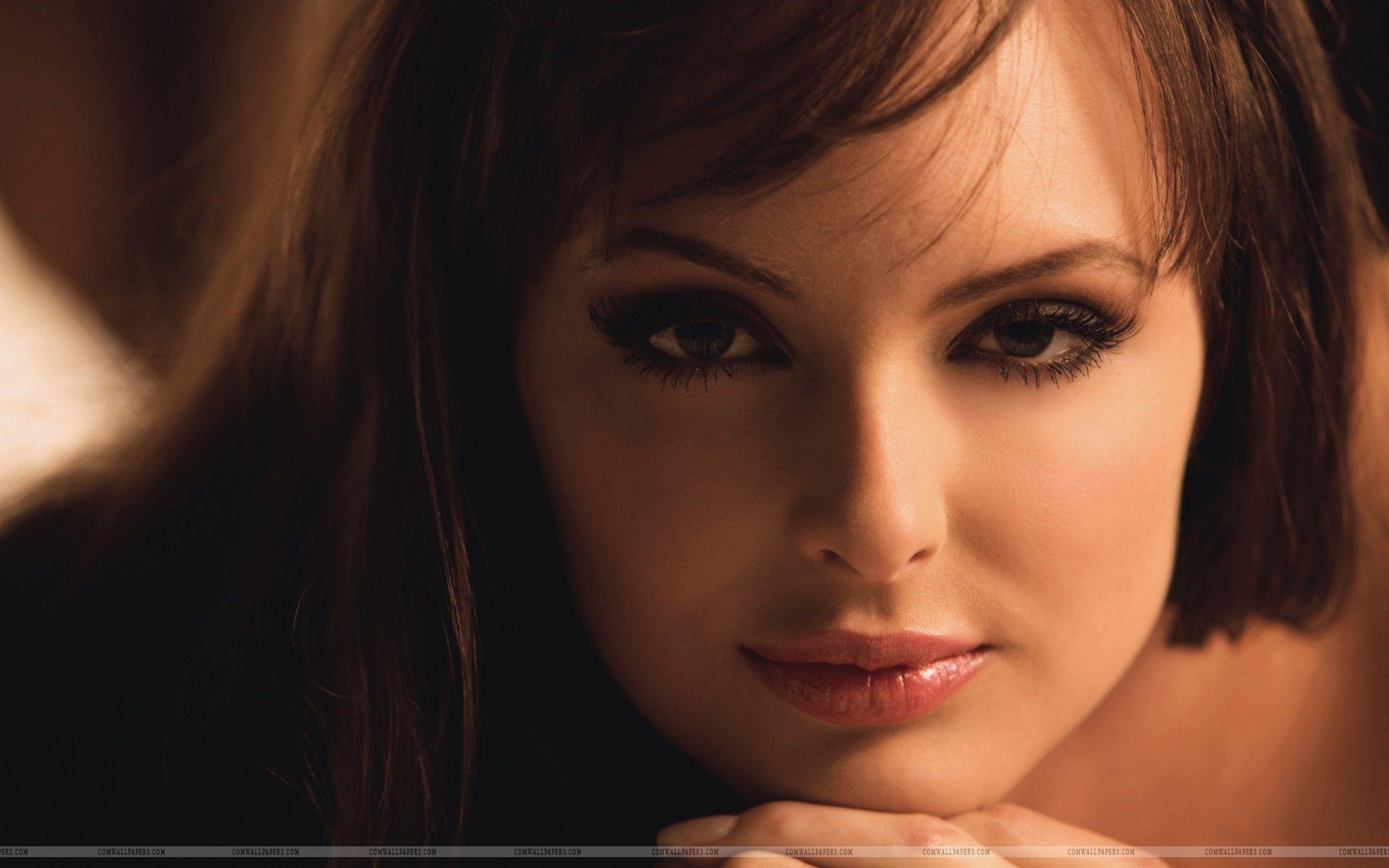 Pretty Ladies Face In Ephremtube: Pretty Faces Wallpapers