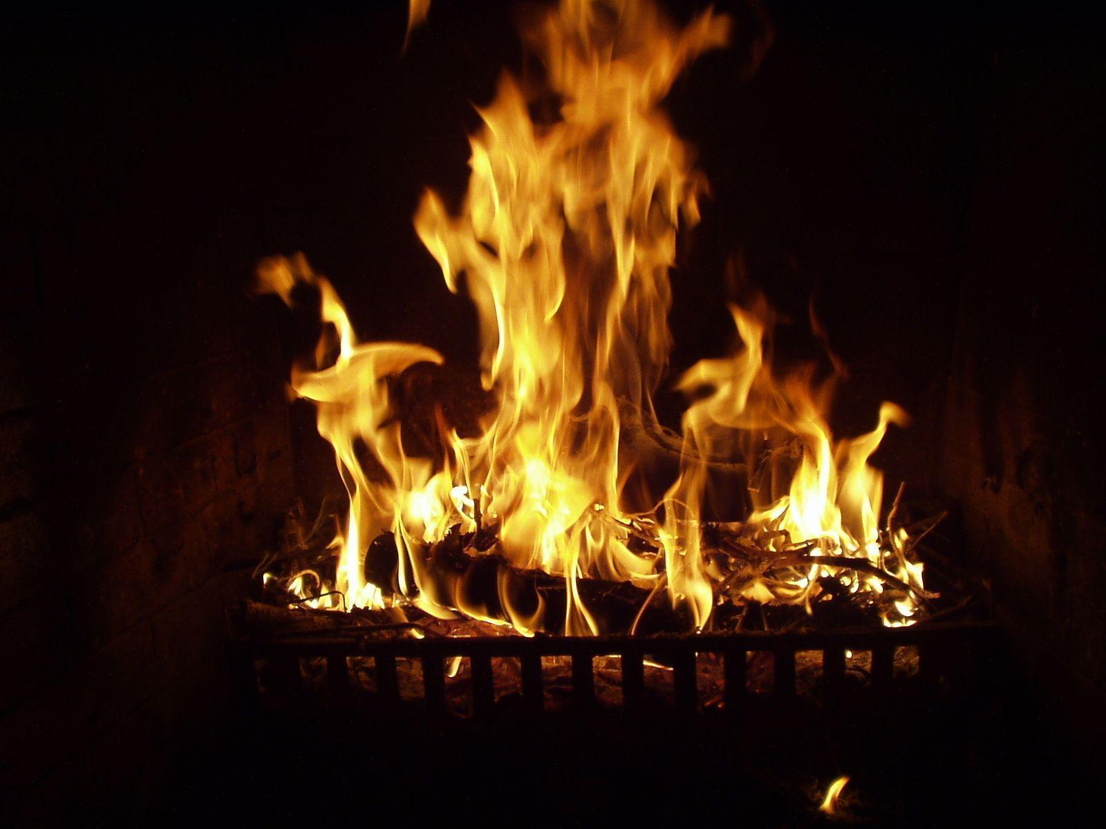 Fireplace Desktop Backgrounds - Wallpaper Cave