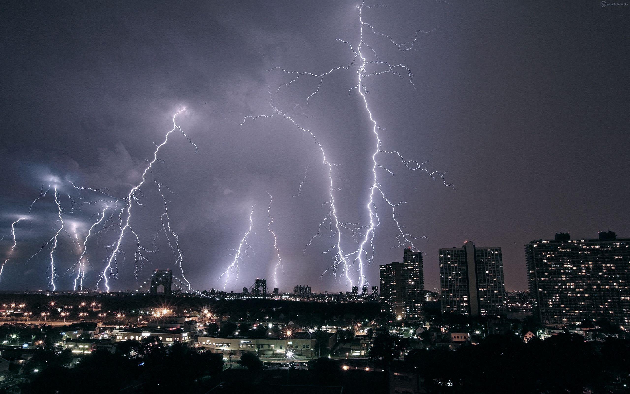 lightning strike wallpaper - photo #9