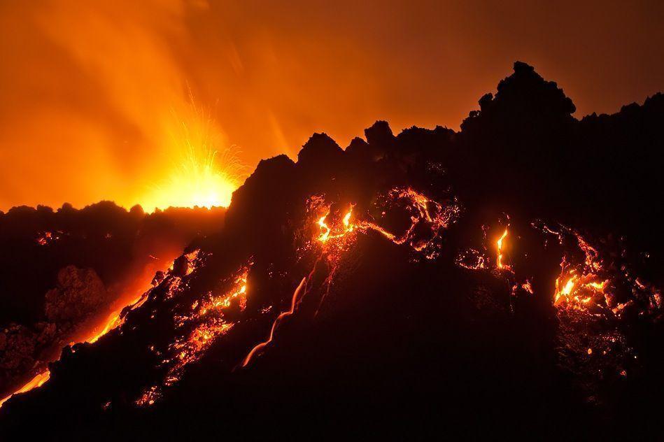 Volcanic Eruption Wallpapers - Wallpaper Cave