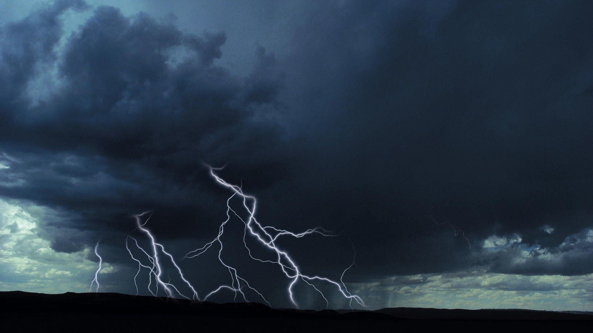 thunderhead clouds wallpaper - photo #34