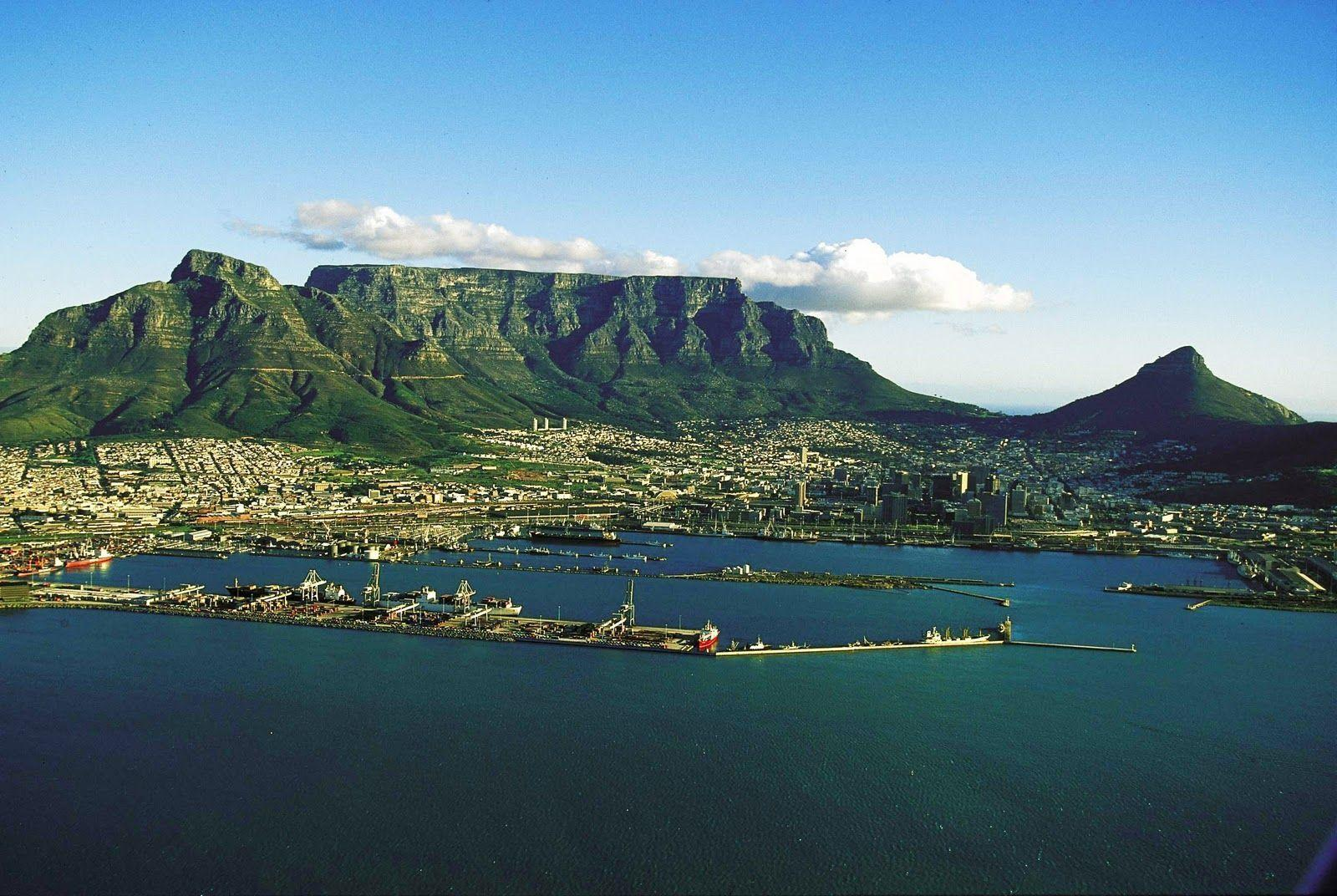Table mountain cape town background Stock Free Images