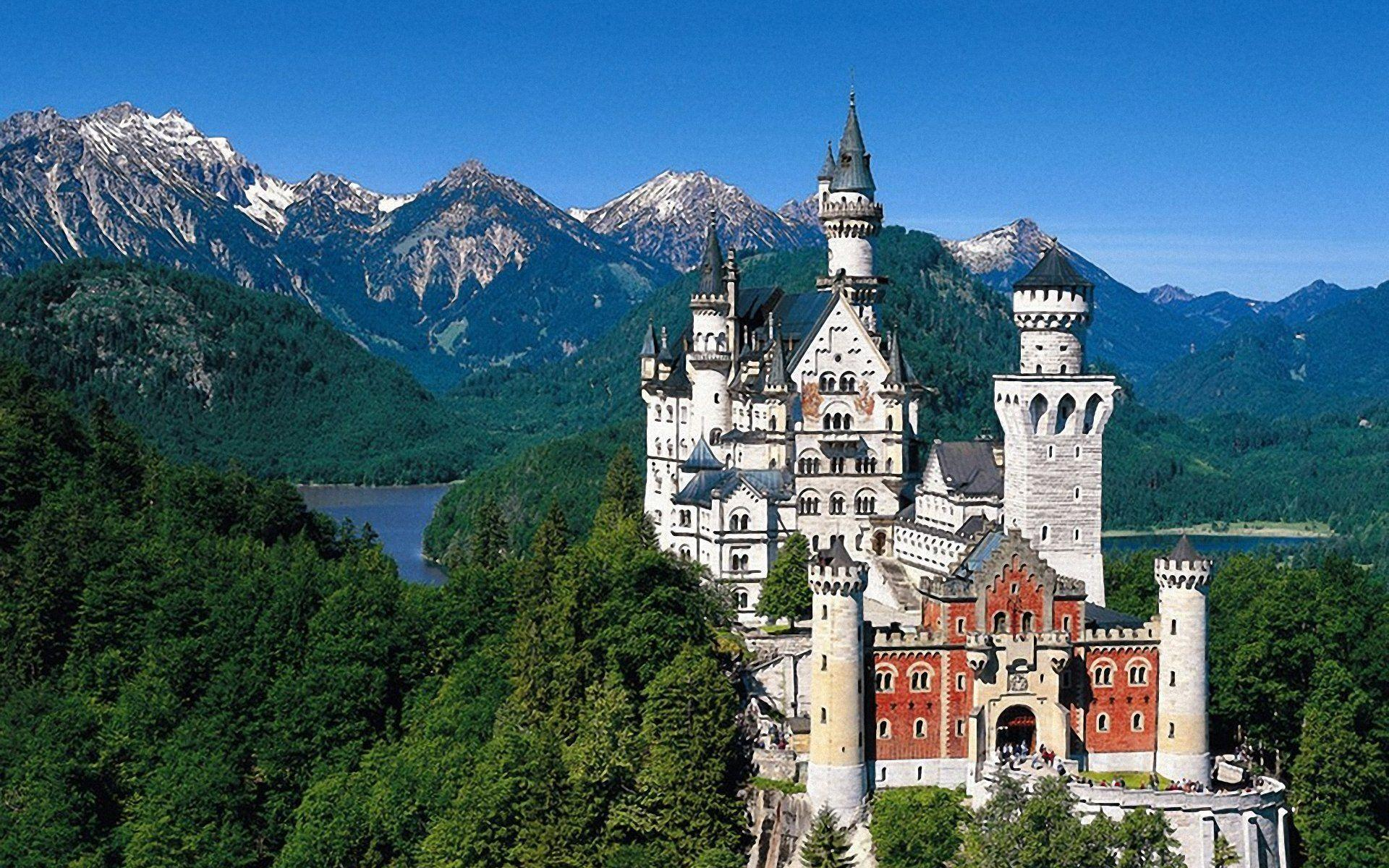 Neuschwanstein Castle Bavaria Germany Wallpaper