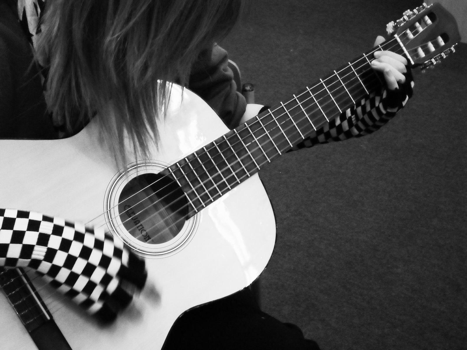 cool guitar wallpaper for - photo #11