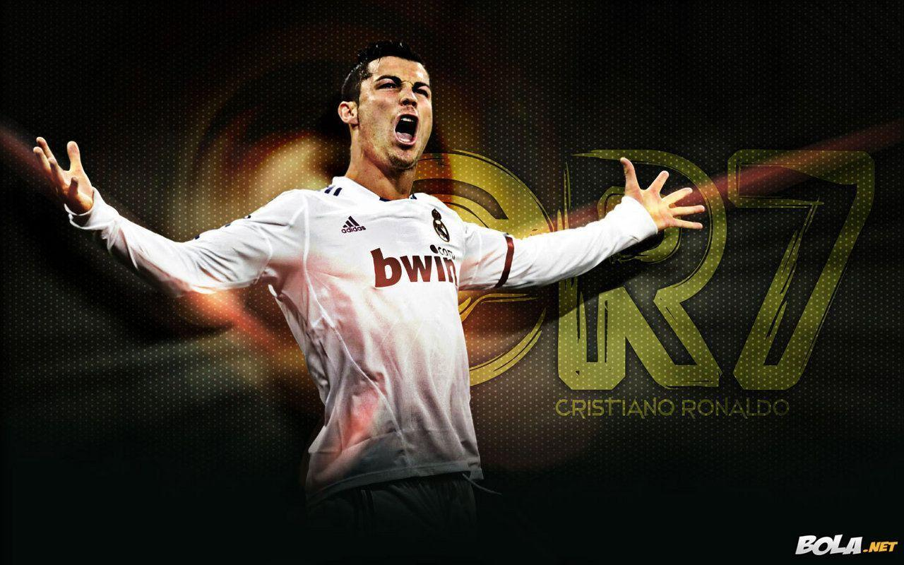 Hd wallpaper ronaldo - Cristiano Ronaldo Real Madrid High Resolution Wallpaper Sport