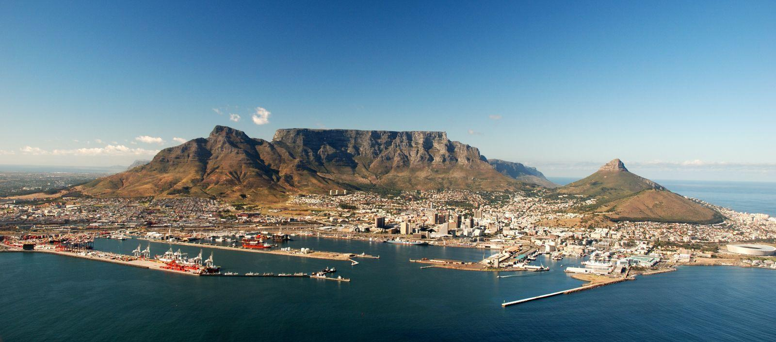 Table mountain in cape town south africa wallpaper Stock Free Images