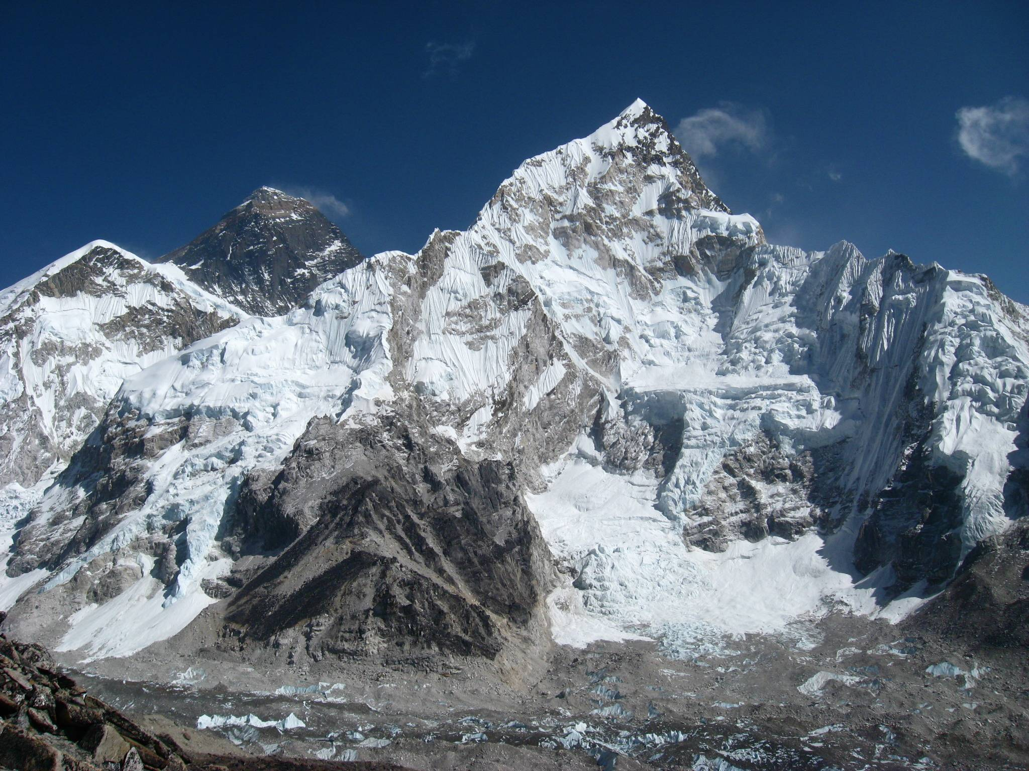 1 Mount Everest + nice wallpapers