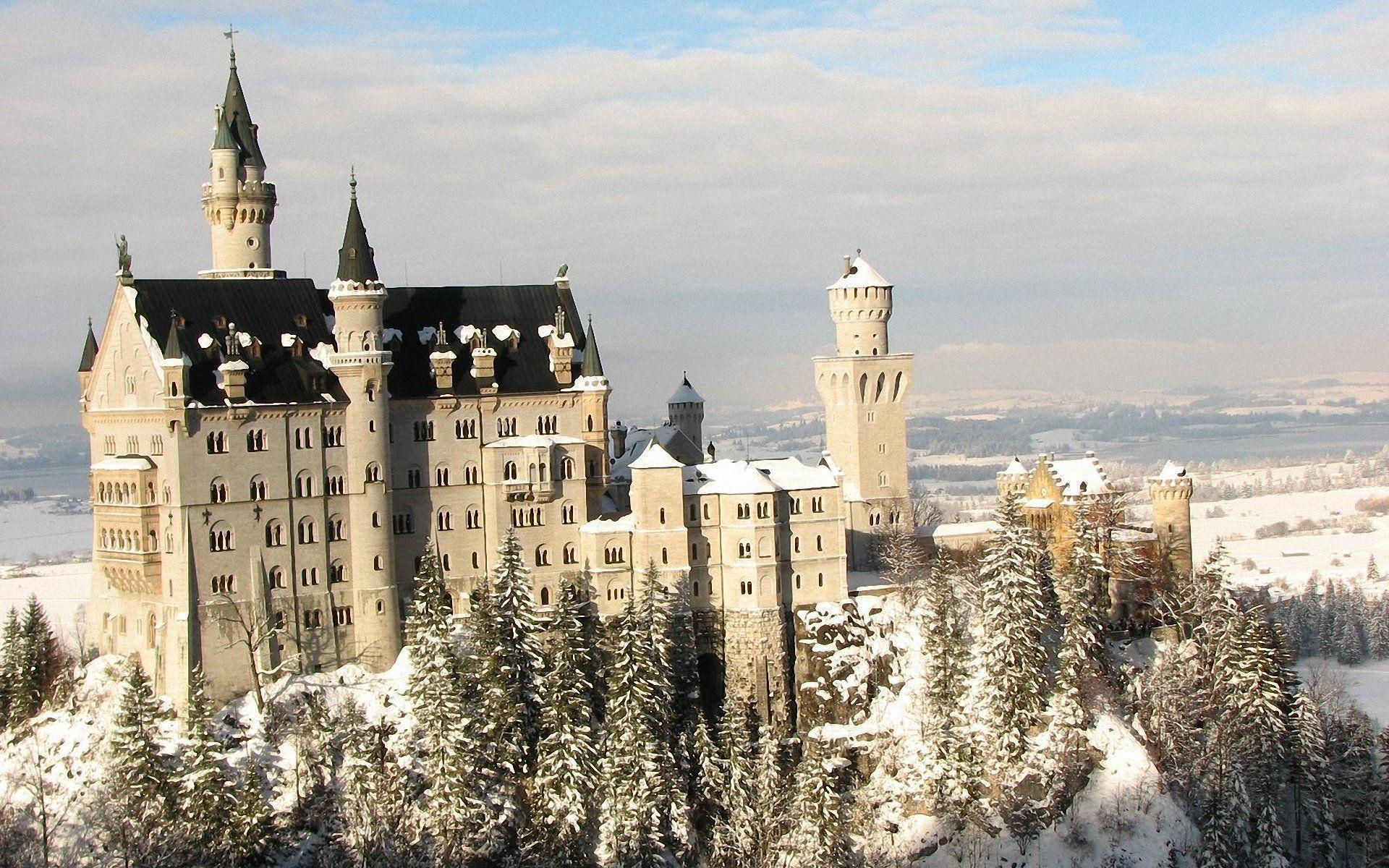 Neuschwanstein Castle wallpaper 174025