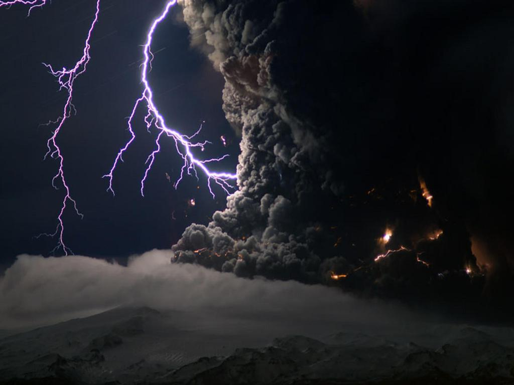 Ash And Lightning From An Icelantic Volcano NASA Wallpaper ...