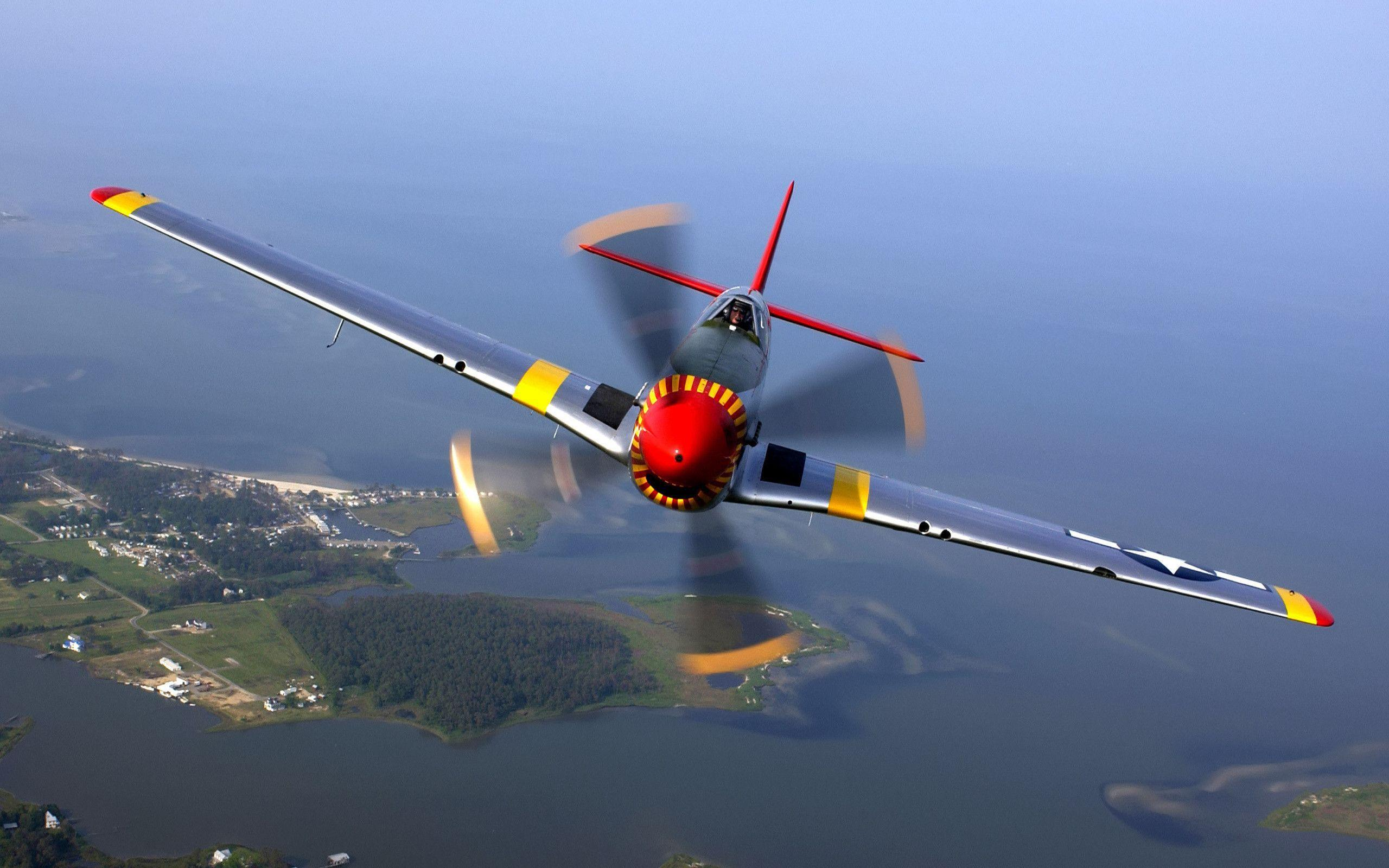 P51 Mustang Flight Wallpapers