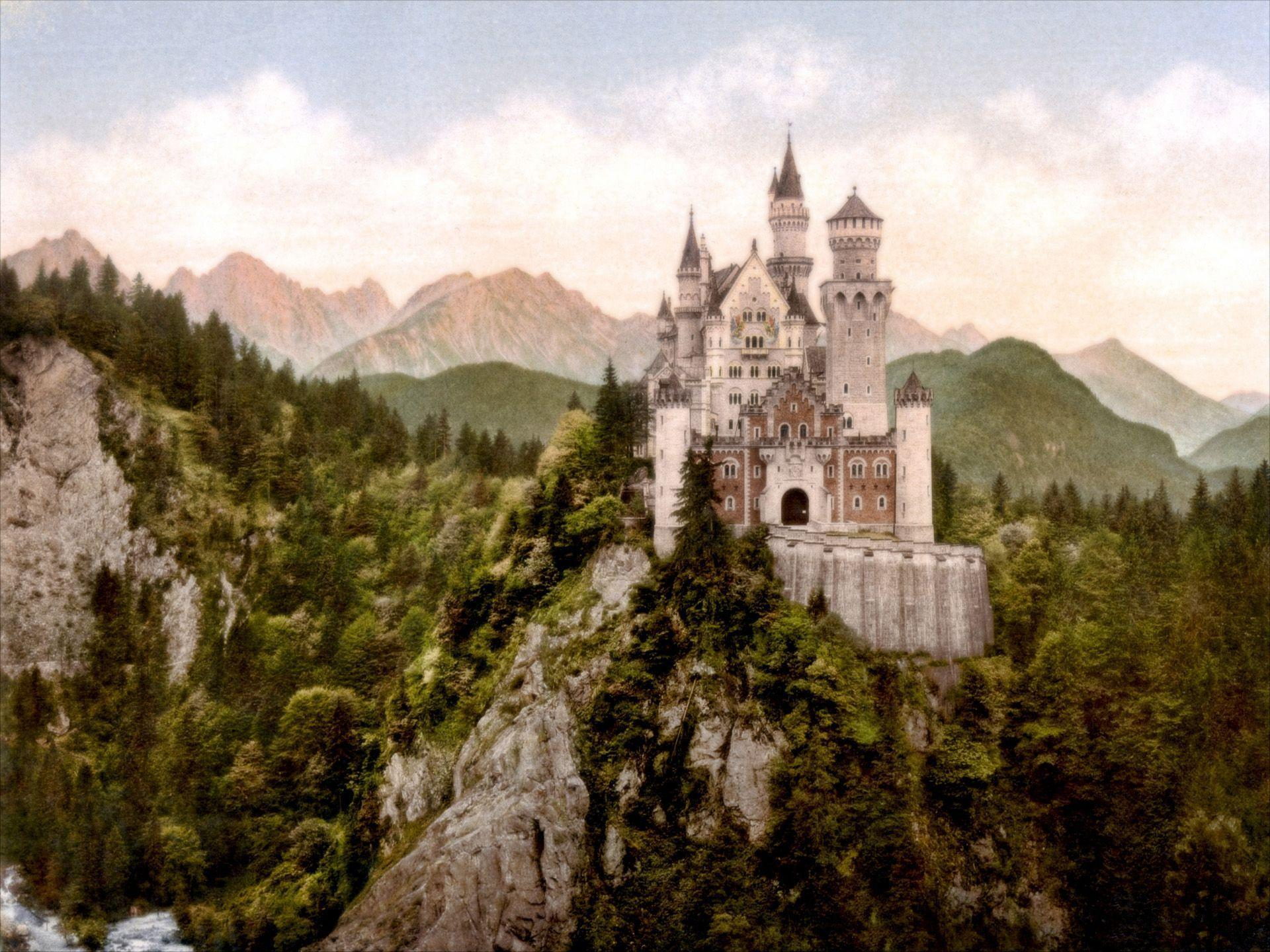 Neuschwanstein Castle TheWallpapers | Free Desktop Wallpapers for ...