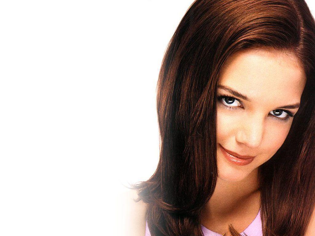 Katie Holmes est une actrice américaine née le 18 décembre 1978 à Toledo Elle est principalement connue pour avoir joué dans la série télévisée Dawson