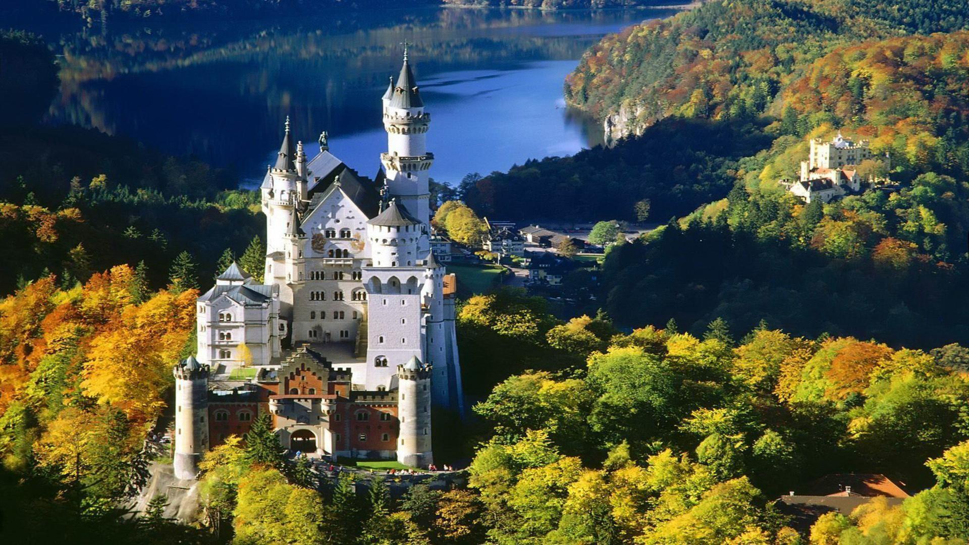 Neuschwanstein castle Bavaria Germany from hill free desktop ...