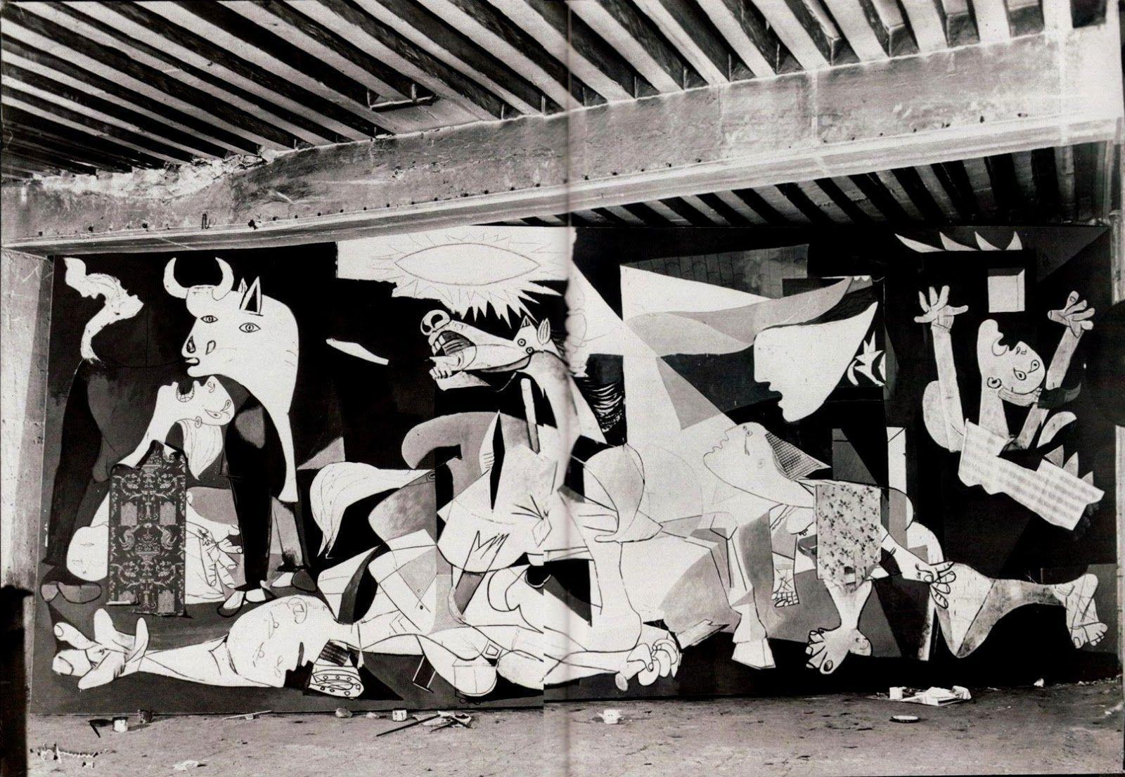 guernica by pablo picasso essay A different guernica john richardson may 12, 2016 issue gernika, 1937: the market day massacre  pablo picasso painting guernica in his studio, paris,.
