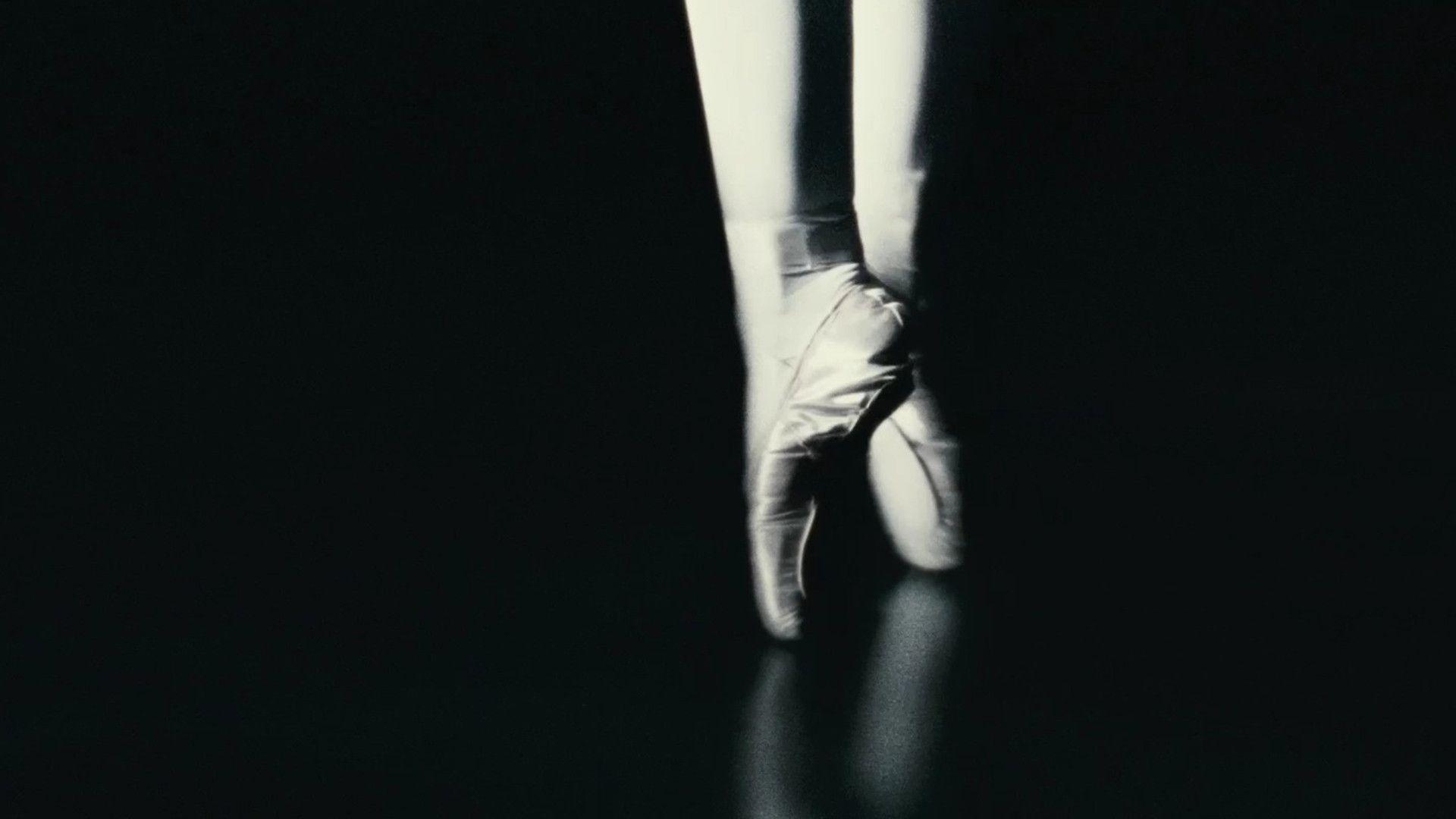 the ballerina wallpaper - photo #33