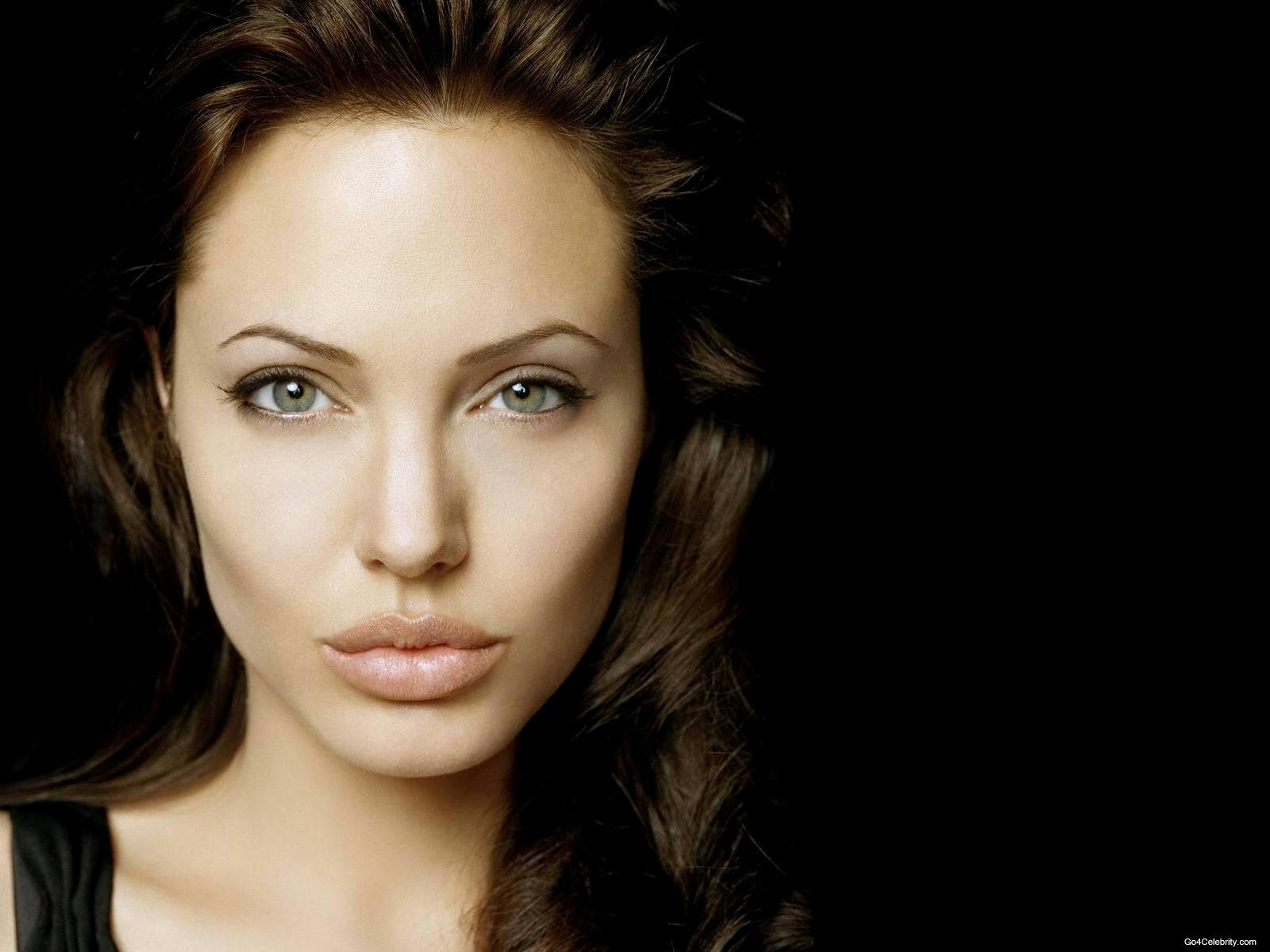 Angelina jolie salt wallpaper