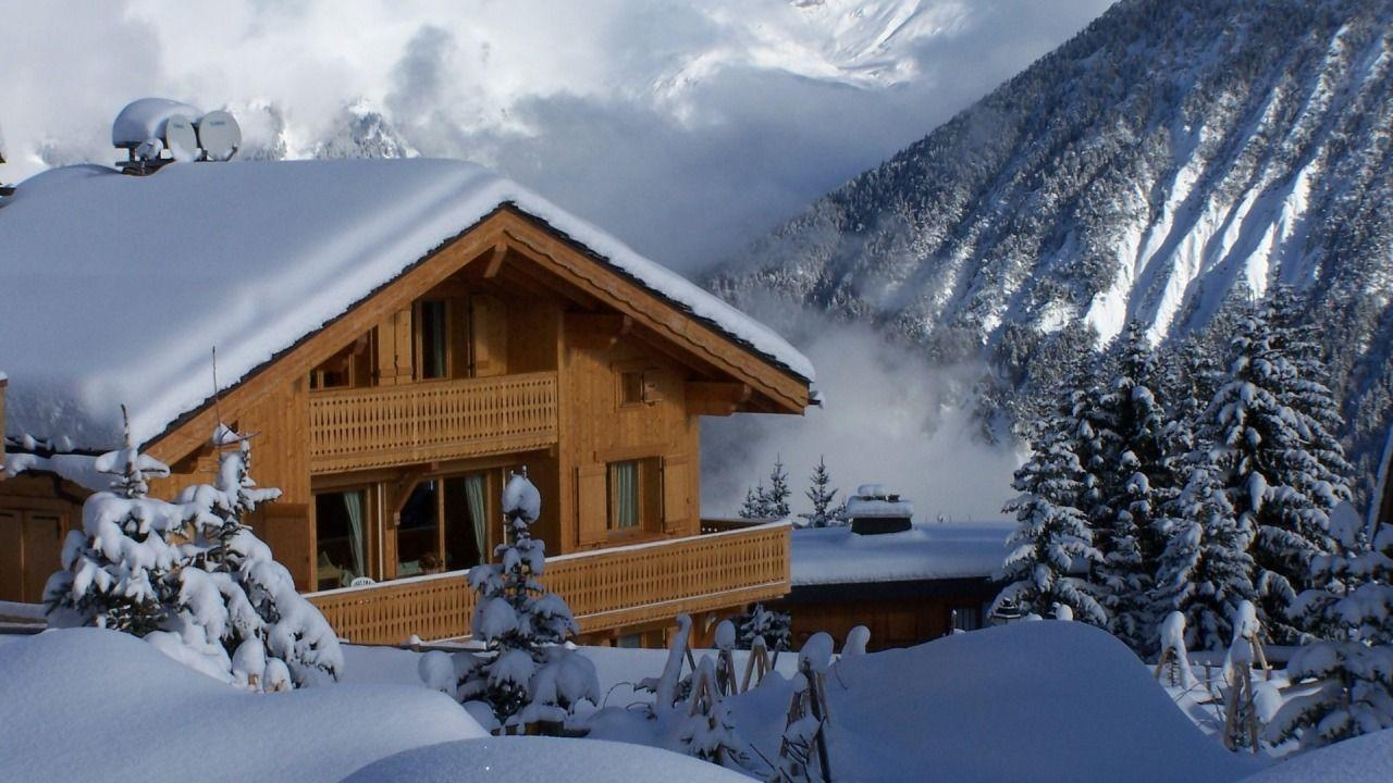 Winter cabin wallpapers wallpaper cave for Mtn chalet