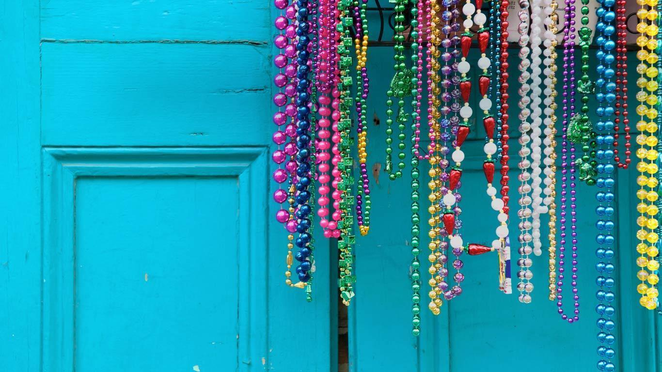 Mardi Gras beads in New Orleans Beautiful High Quality Wallpapers