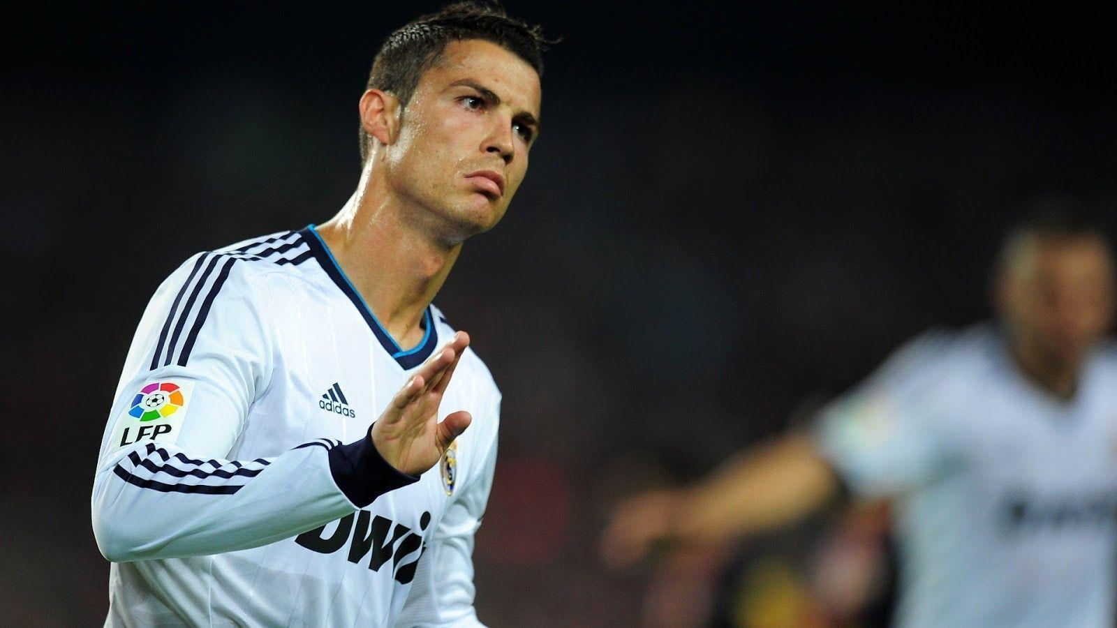 Cristiano Ronaldo Wallpaper Collection Pack 1