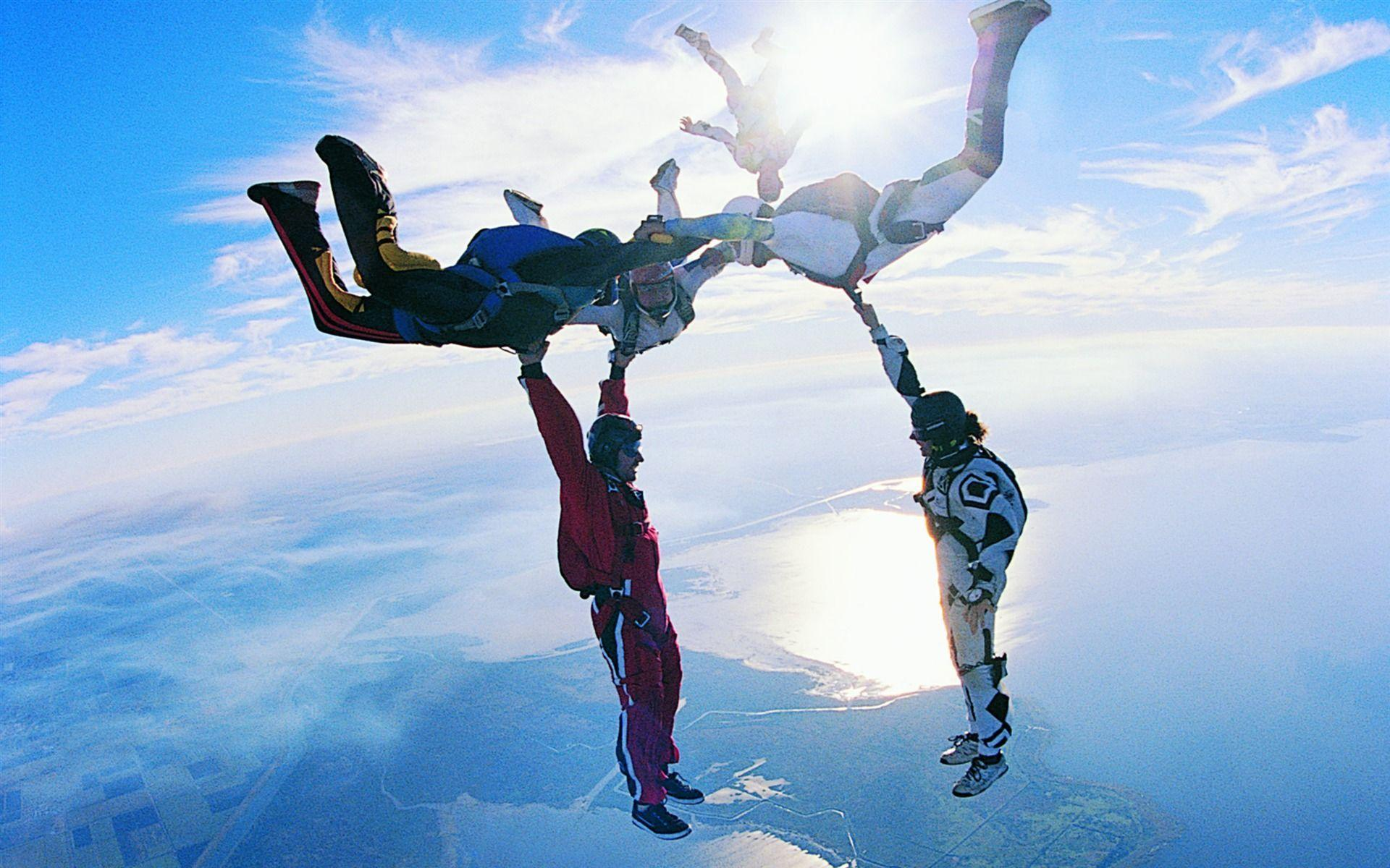 amazing extreme sports skydiving clouds sky above wallpapers star sport diving 4k skydive uhd funny jump travel resolution paracaidismo desktop