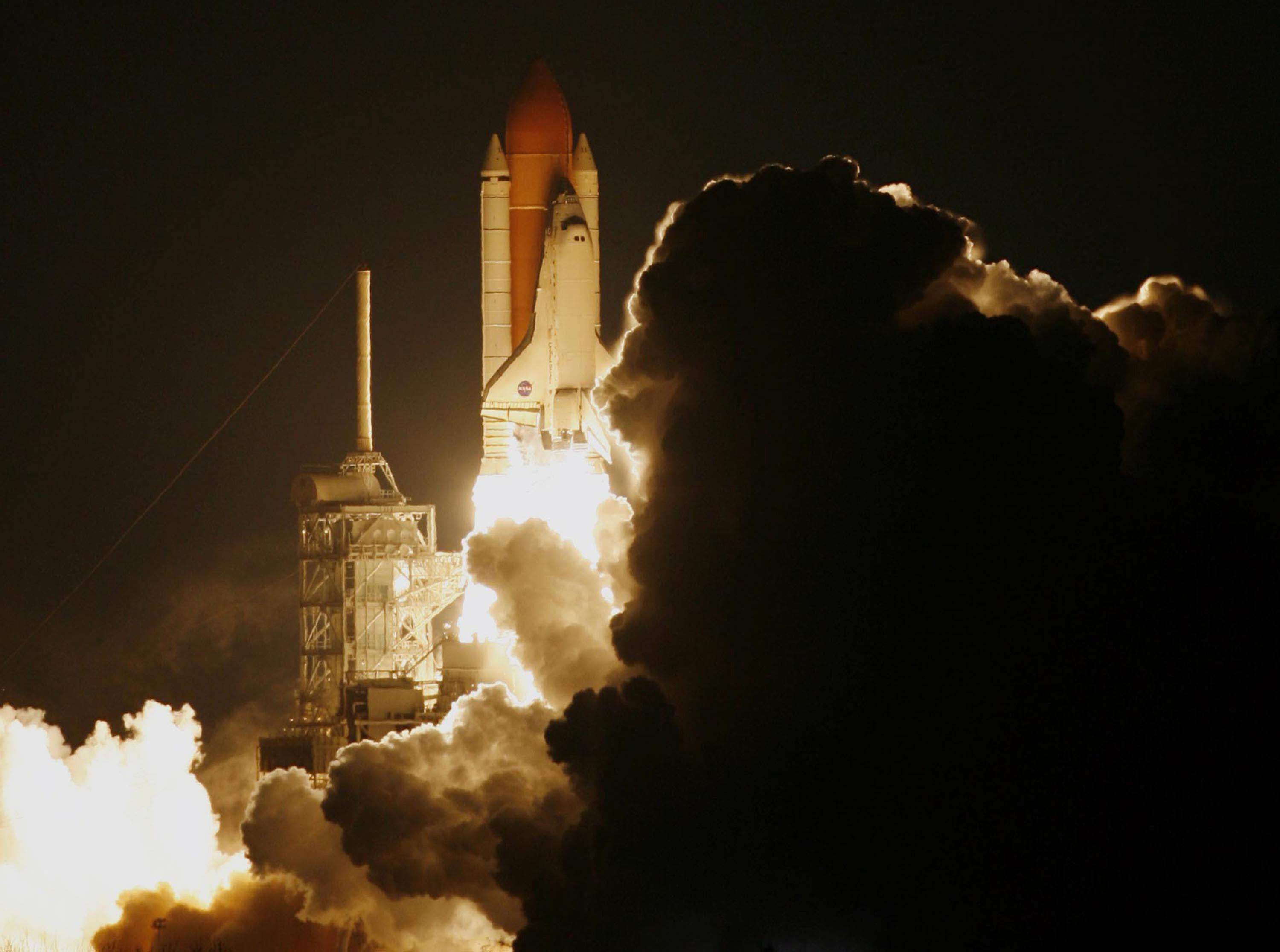Space Shuttle Night Launch Wallpapers Image 6 HD Wallpapers