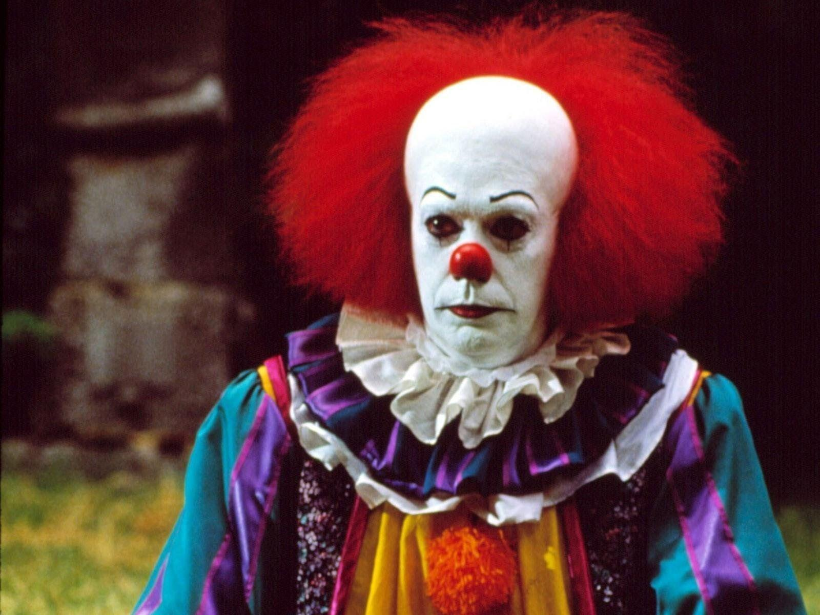 Pennywise The Clown 1990wallpaper: It The Clown Wallpapers