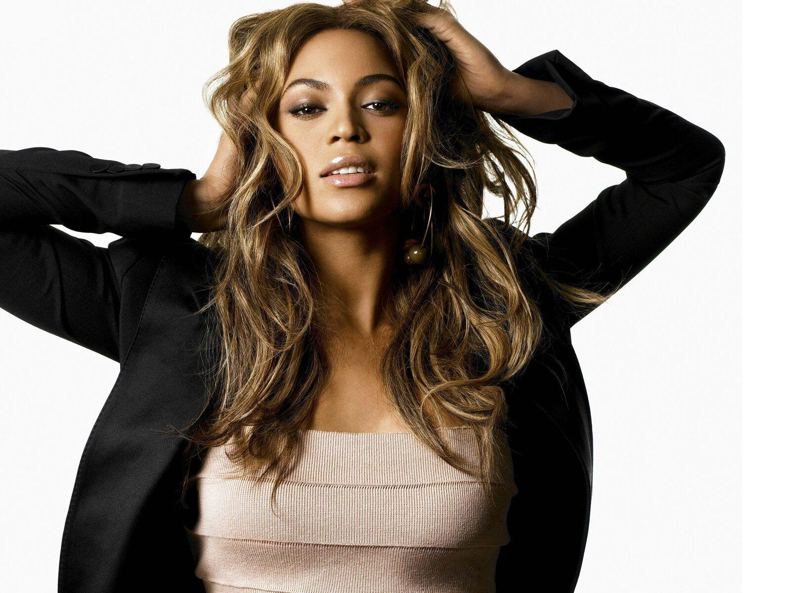 Beyonce New Wallpapers 1600x1200 3148 Full HD Wallpapers Desktop