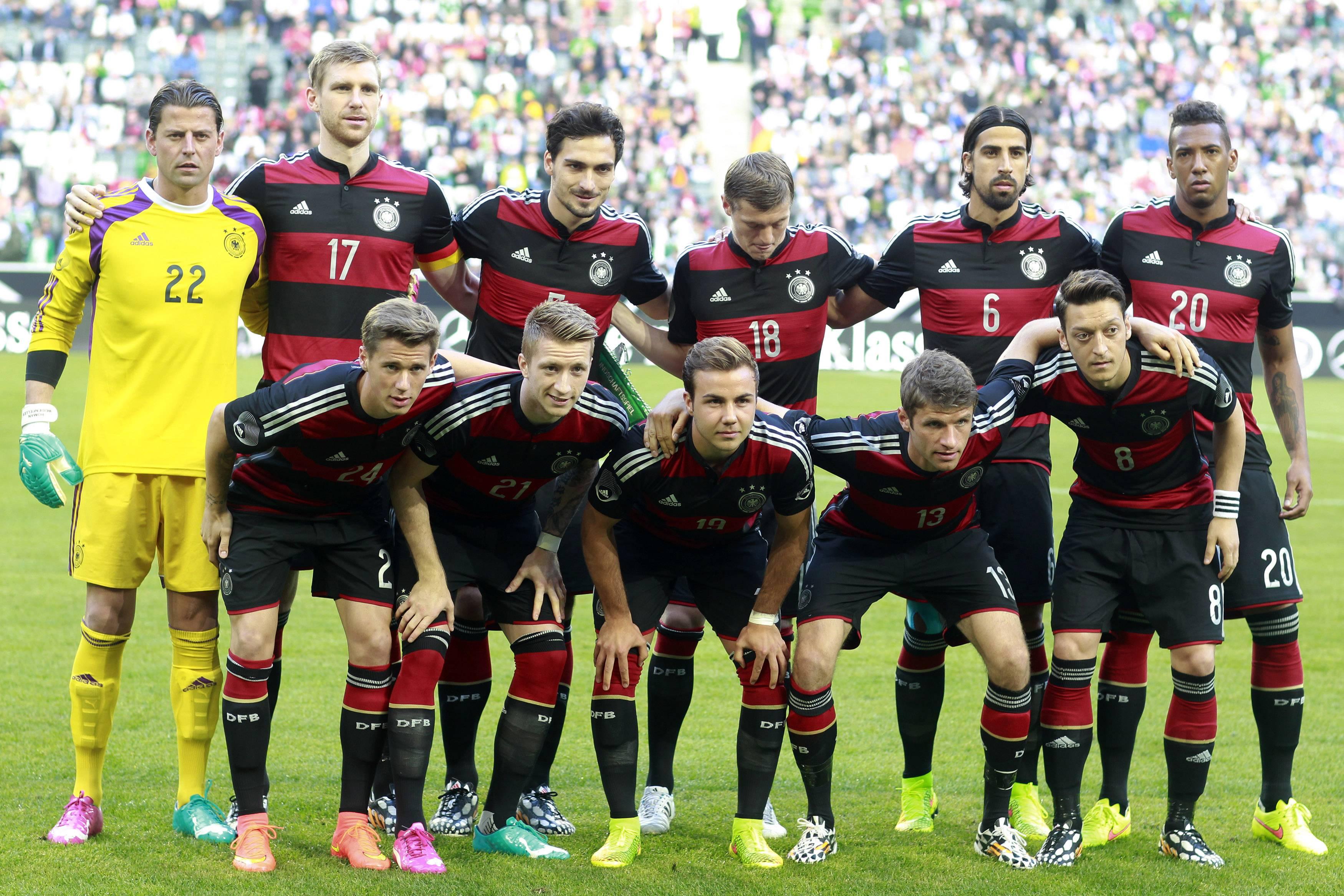 Joachim Loew Germany 2014 · Football Wallpapers HD   EZIBOX · HD ...